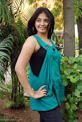 Actress Anjali New Photos, Anjali hot photoshoot stills-thumbnail-4