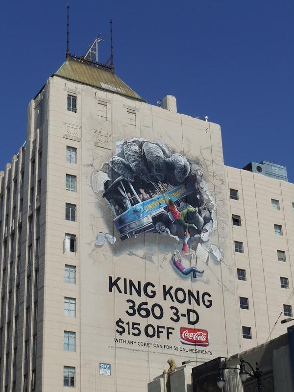 King Kong 360 3D ride billboard