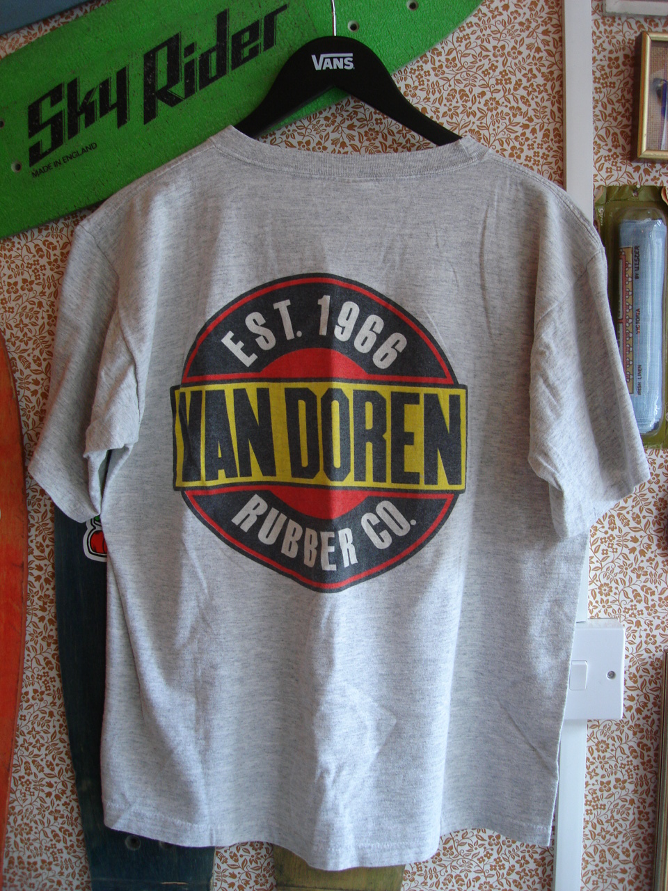 Theothersideofthepillow vintage van doren rubber co t for Vintage t shirt company