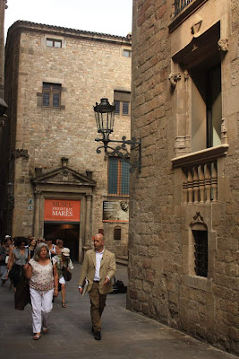 Carrer dels Comtes in the Barcelona Gothic Quarter