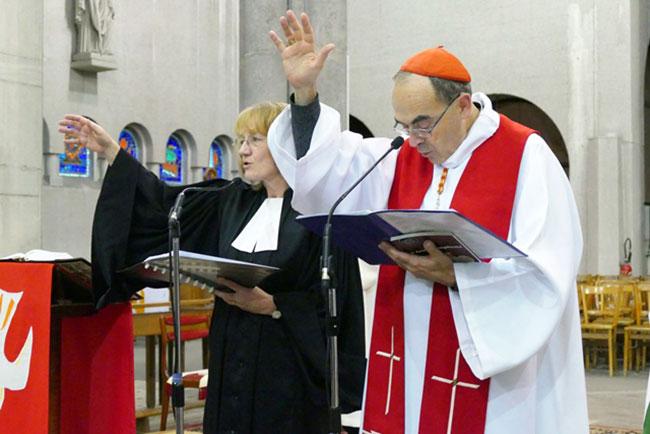 Tradinews la porte latine fsspx france le cardinal for Porte latine