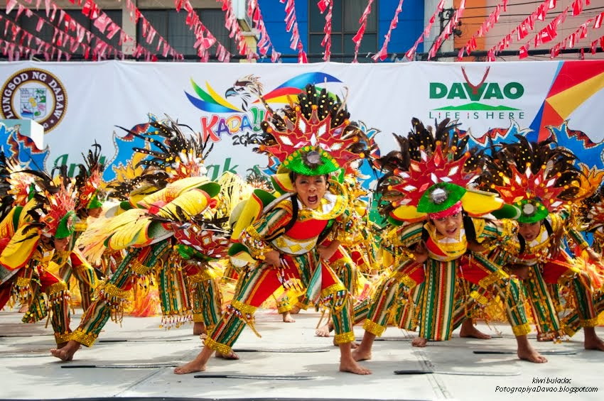 Kadayawan sa Davao : Indak-Indak sa Kadalanan 2013