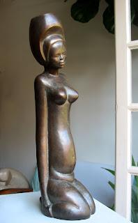 Statue style figuratif femme nue enceinte