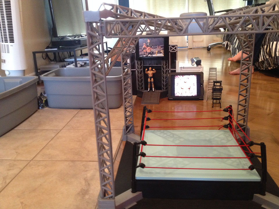 Fully Jointed Play Figures Wwe Raw Backstage Brawl Playset