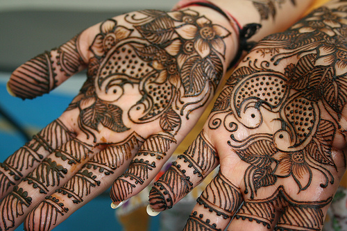 project art a day lesson give me a hand henna inspired cast hands. Black Bedroom Furniture Sets. Home Design Ideas