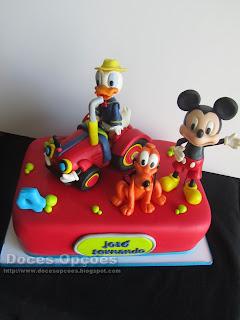 bolo aniversário mickey disney