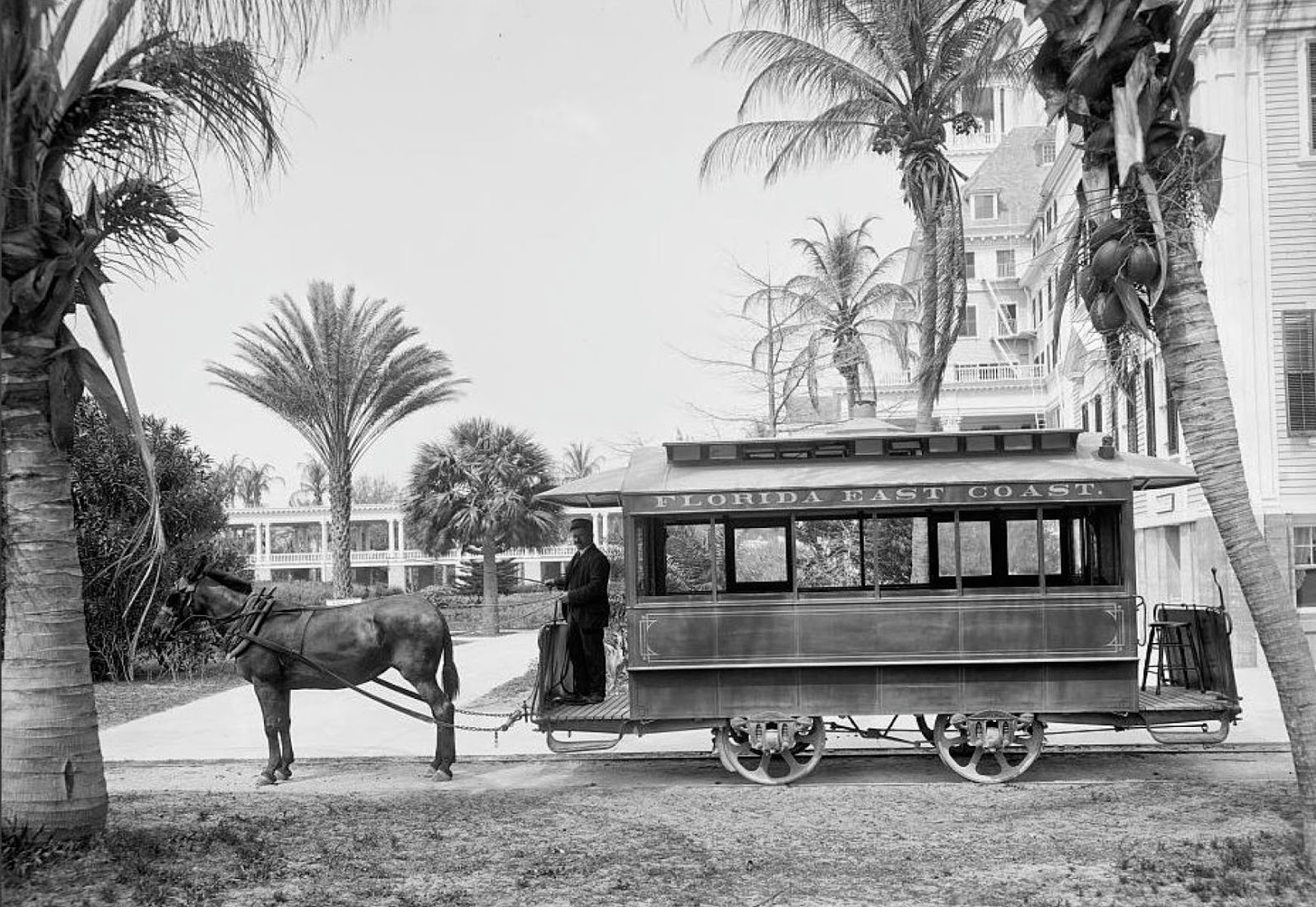 Amazing Vintage Photographs That Show Transport in the U.S ...