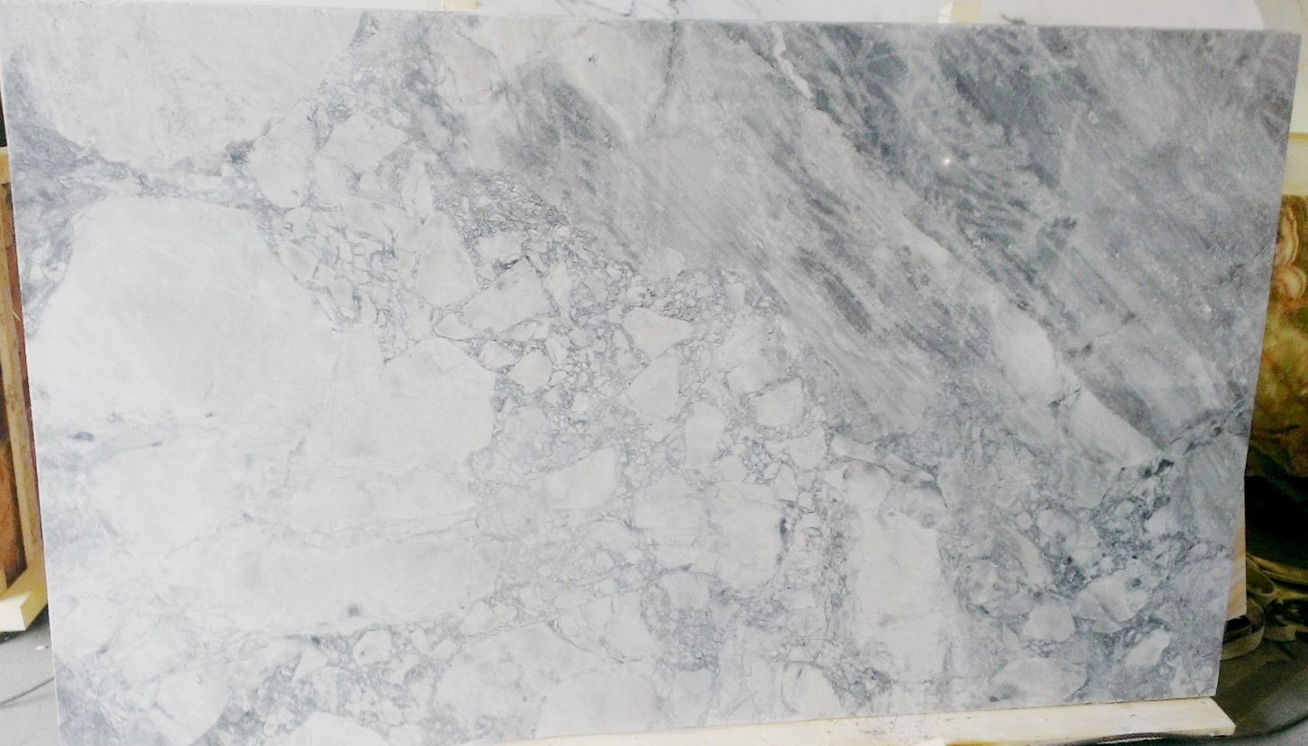 Dolomite Stone Slabs : Crocodile rocks new super white quartzite slabs in stock