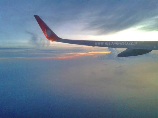 Terbang bersama Lion Air