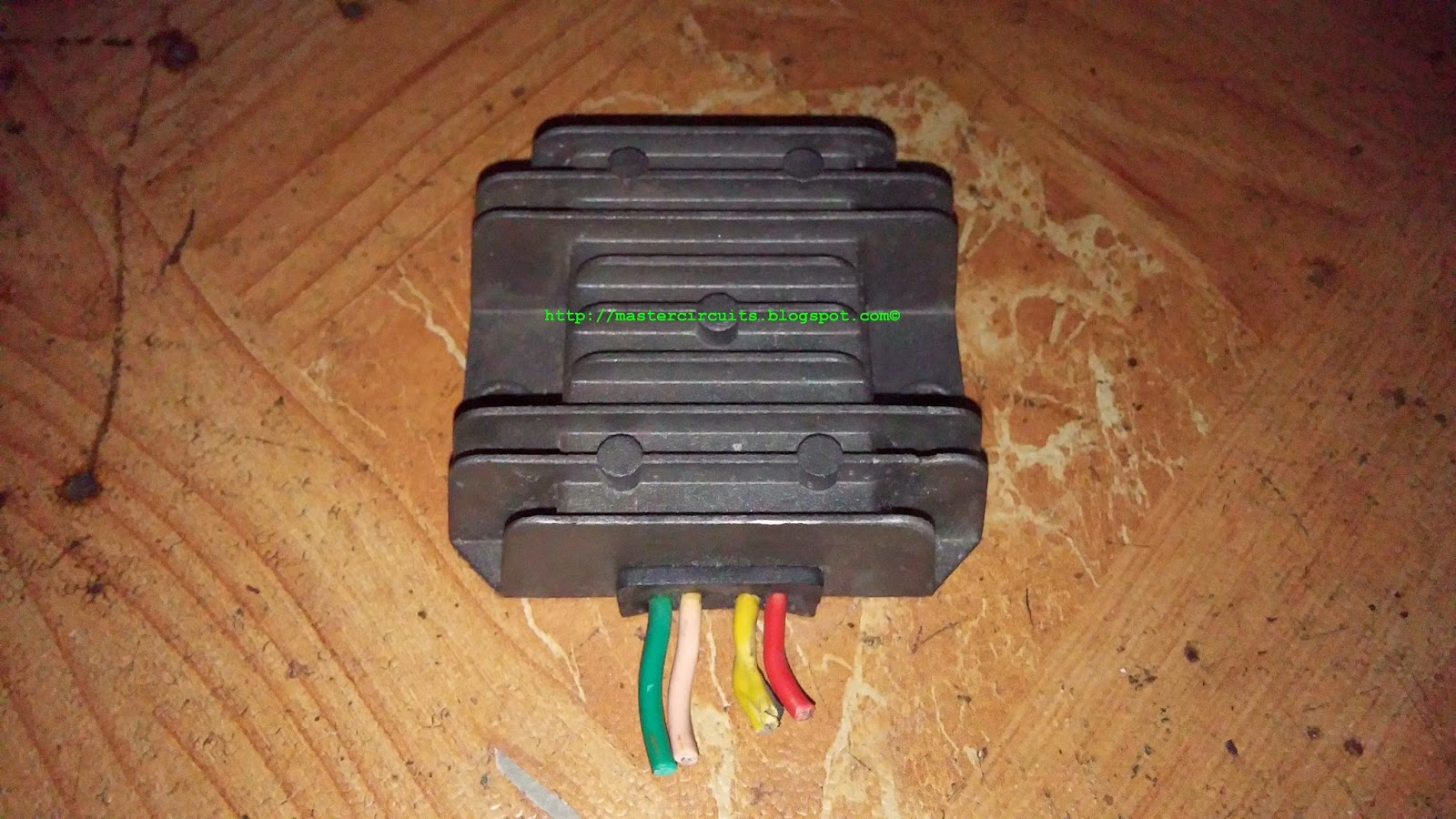 another motorcycle voltage regulator fake techy at day blogger rh mastercircuits blogspot com
