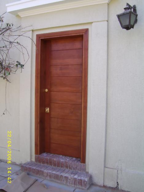 Carpinteria fina y de obra dise os de puerta exterior for Disenos de puertas en madera y vidrio