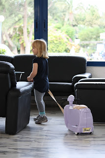 Skoot pull-along childrens luggage