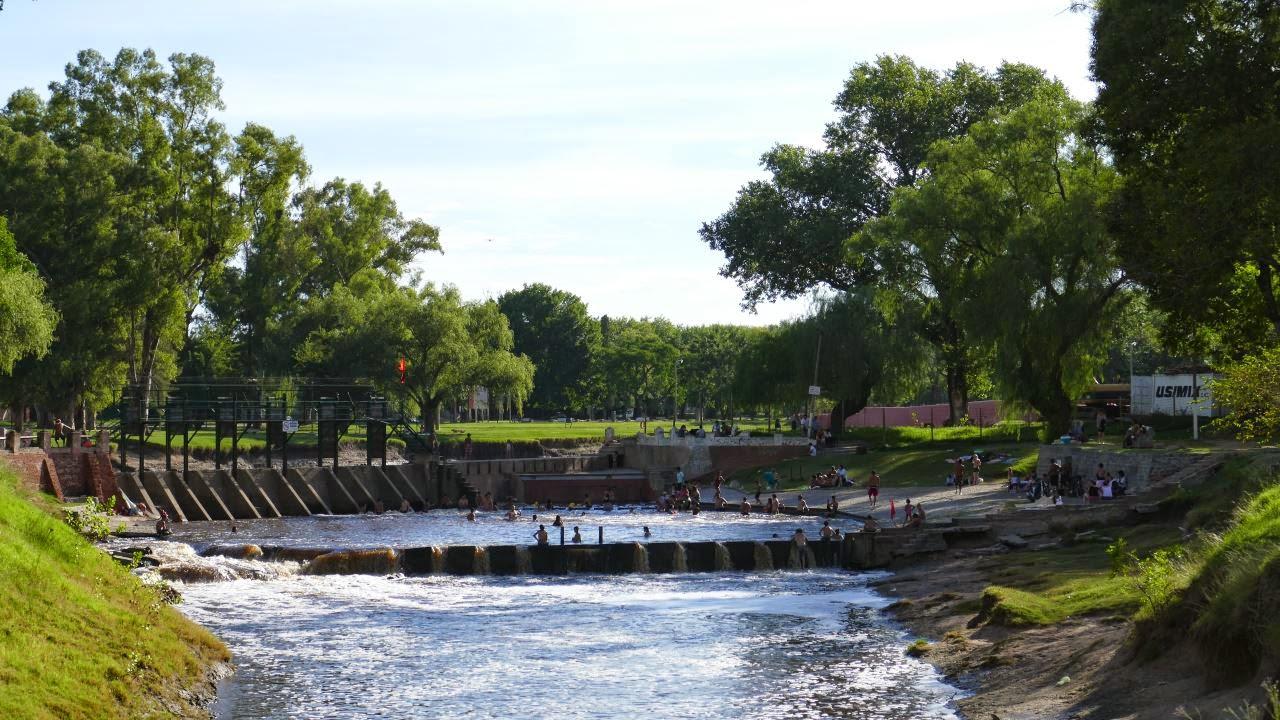 Badespass im Fluss