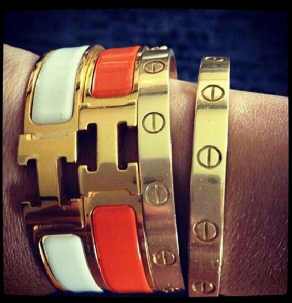 As seen in every outfit post, I love my Hermes H bracelets. They go with  everything and I love them paired with my David Yurman bangles.