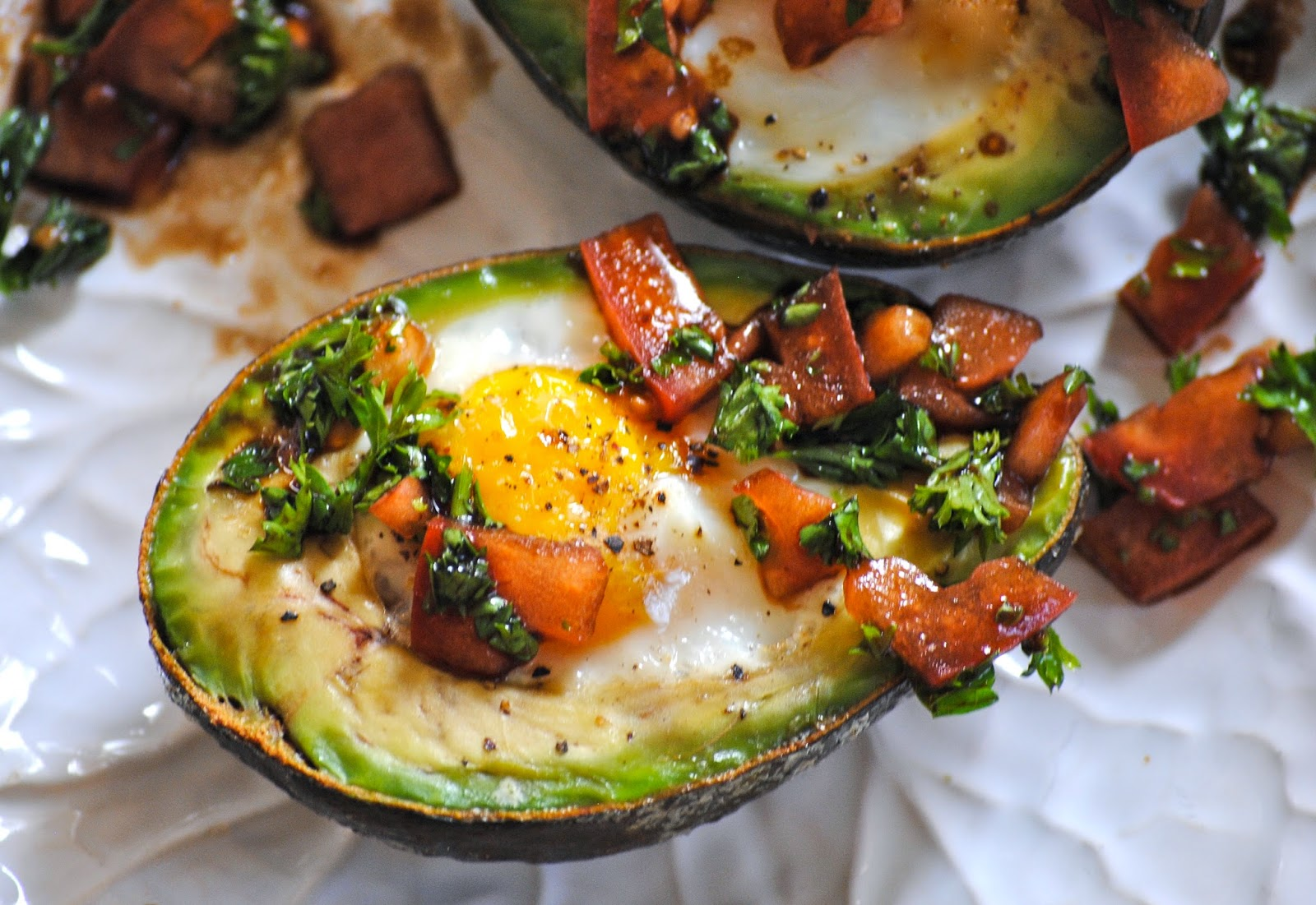 Bakeaway with Me: Avocado Baked Eggs with Tomato-Basil Salad
