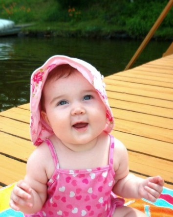 Smiling Cute Baby Image Collections - Babynames