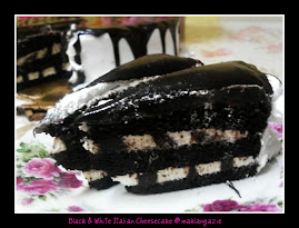 Black &amp; White Italian Choc.Cake @ RM75 (&gt;2kg)