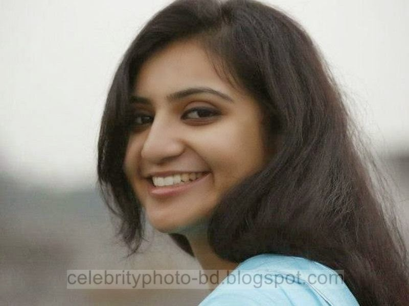 Bngladeshi+University's+Superb+Cute+Girl's+Photos+Latest+Collection+2014 2015003