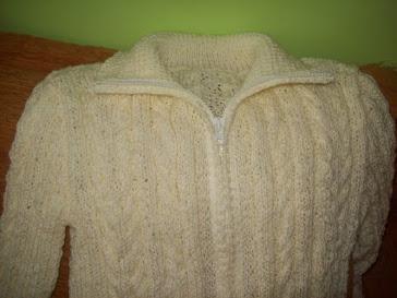 Sweterek dla mojej Wiktorii robiony