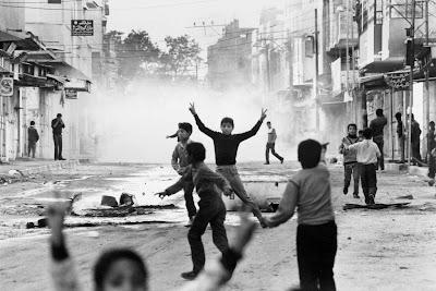 """Κατάσταση Πολιορκίας - Οι """"ανύχτωτες νύχτες"""" της Παλαιστίνης"""