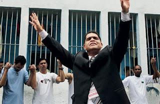 Marcos Pereira presta depoimento sobre acusações