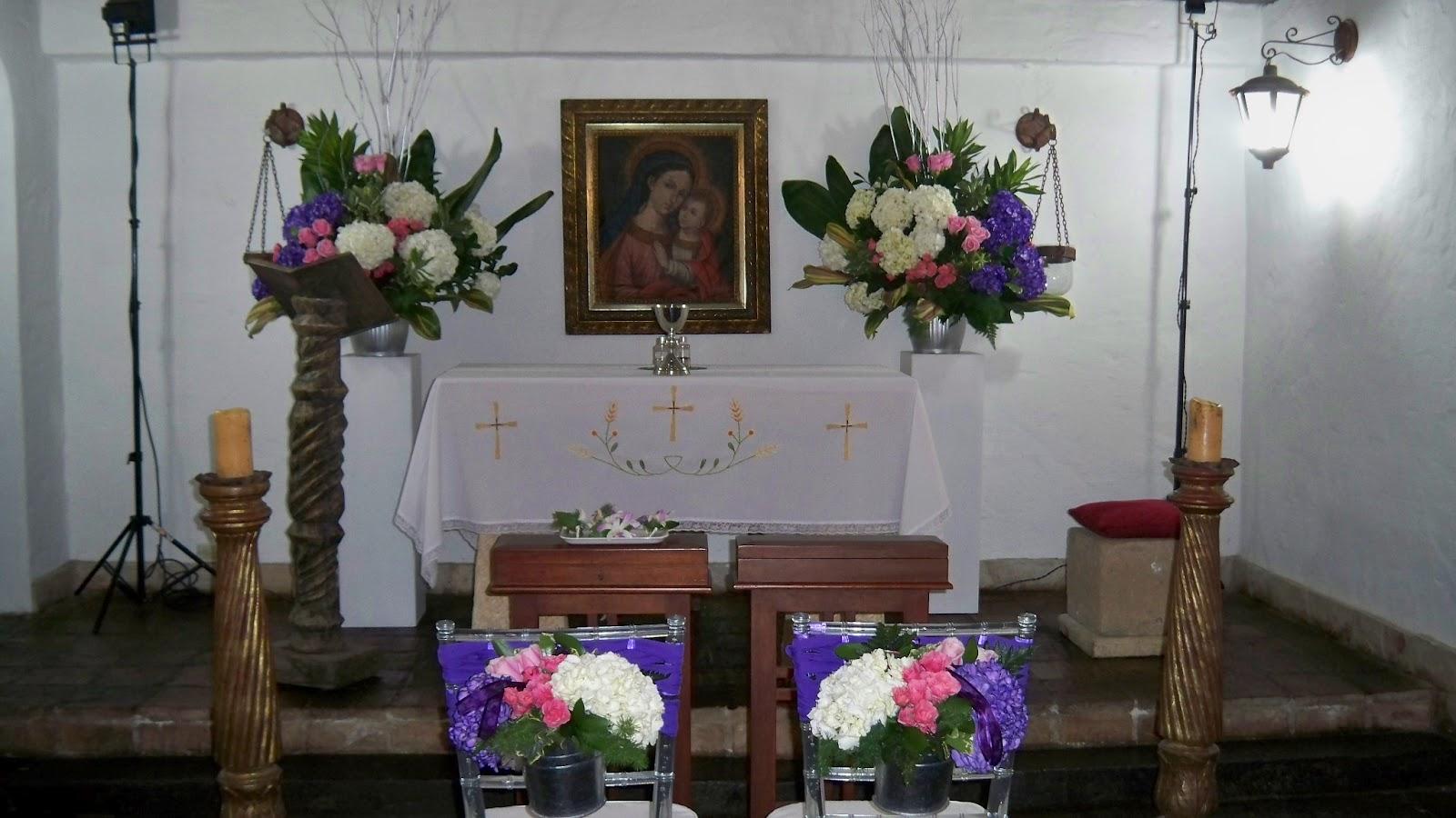 Decoraci n floral aura rosa camacho matrimonio flores violeta - Camacho decoracion ...