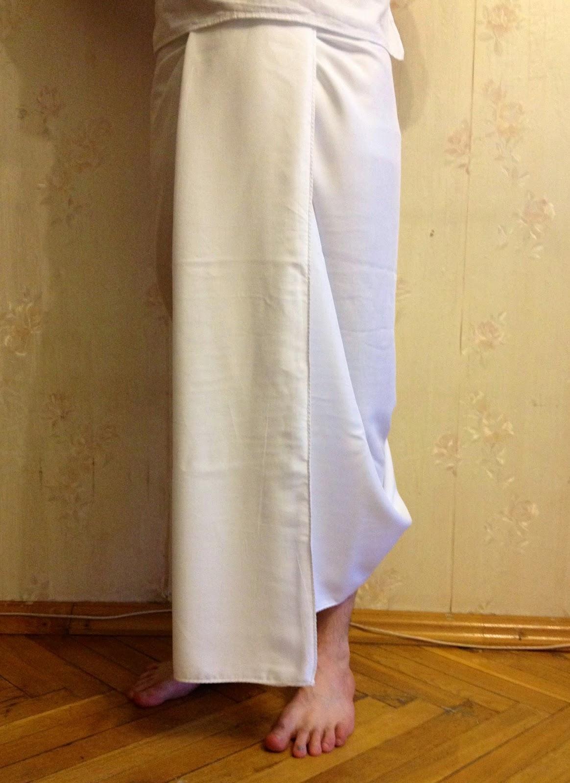 Белое дхоти без полос