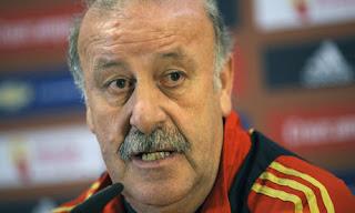 Vicente Del Bosque: Seleccionador español.