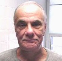 http://2.bp.blogspot.com/-_B0QAzQ4xOQ/Tqlj1AoeSpI/AAAAAAAAM8s/C5tcCU6tdb0/s1600/Image-Bureau_of_Prisons_image_-_John_GottiMA28879521-0028.jpg