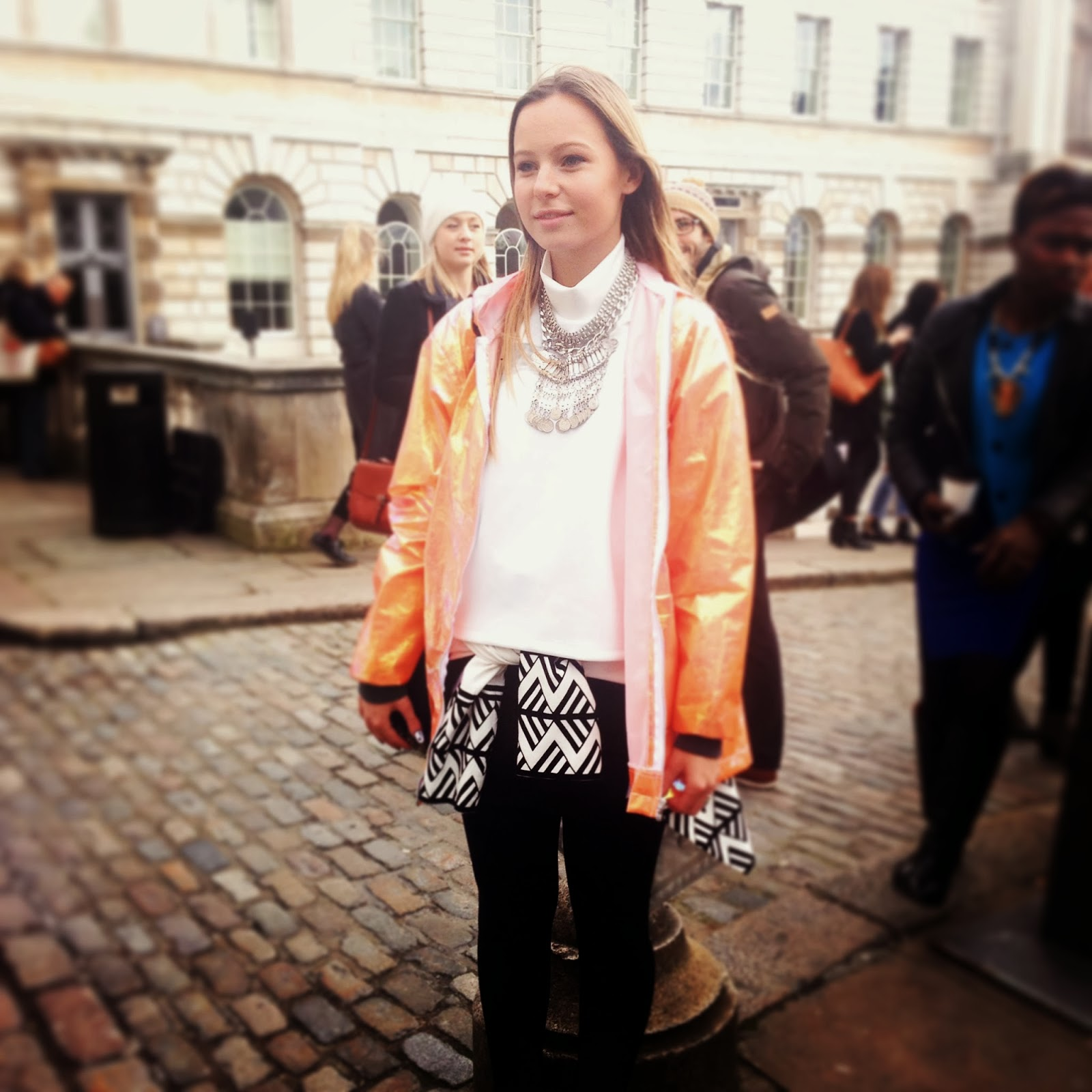 Street Style At London Fashion Week Aw14 Fashion Mumblr