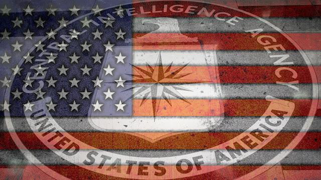 """""""La CIA es un gobierno secreto fuera de control"""""""