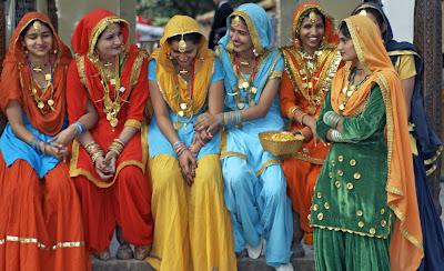 Princesa Indiana com Crochet e o colorido que a Índia é