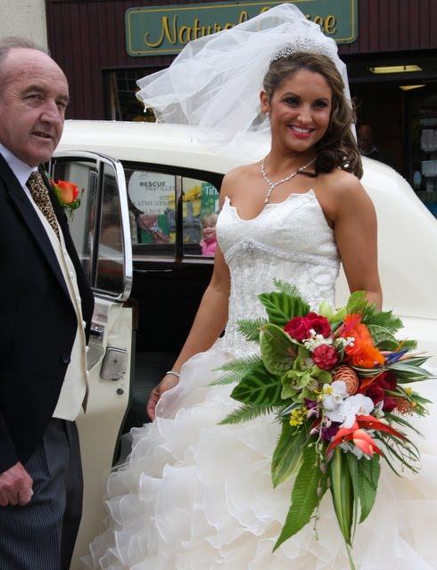 Flower Wedding Bouquet: How to Make a Tropical Flower Bridal Bouquet