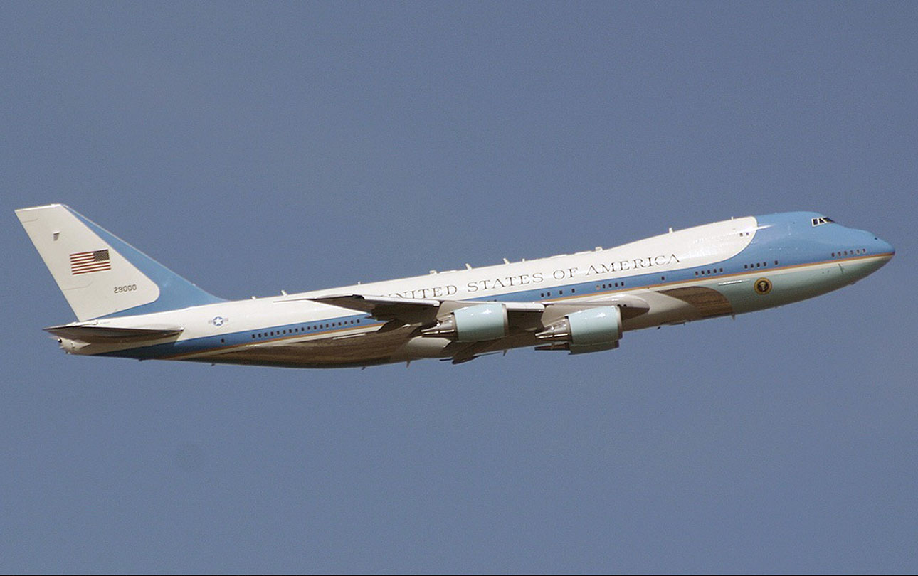 air force one boeing The us air force has purchased two boeing 747-8i jumbo jets originally built for russia's now-defunct transaero.