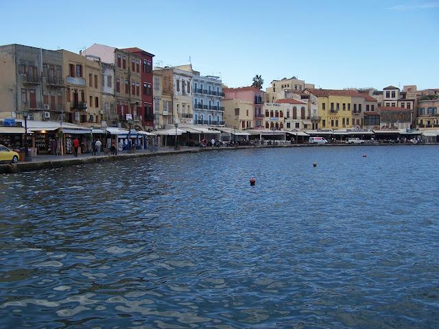 Hanya; Eski Liman; sanki İzmir'in 19.yy.daki hali