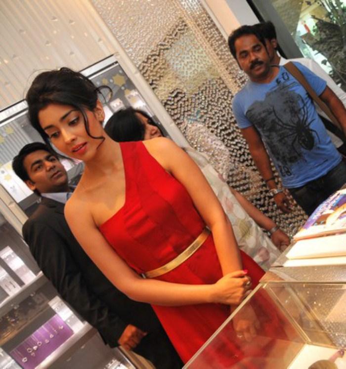 Shriya Saran New Hot Photos Stills Shriya Hot Latest