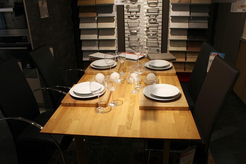 Desain Meja Makan Modern Minimalis
