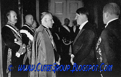 Papa Pio XII and Hitler
