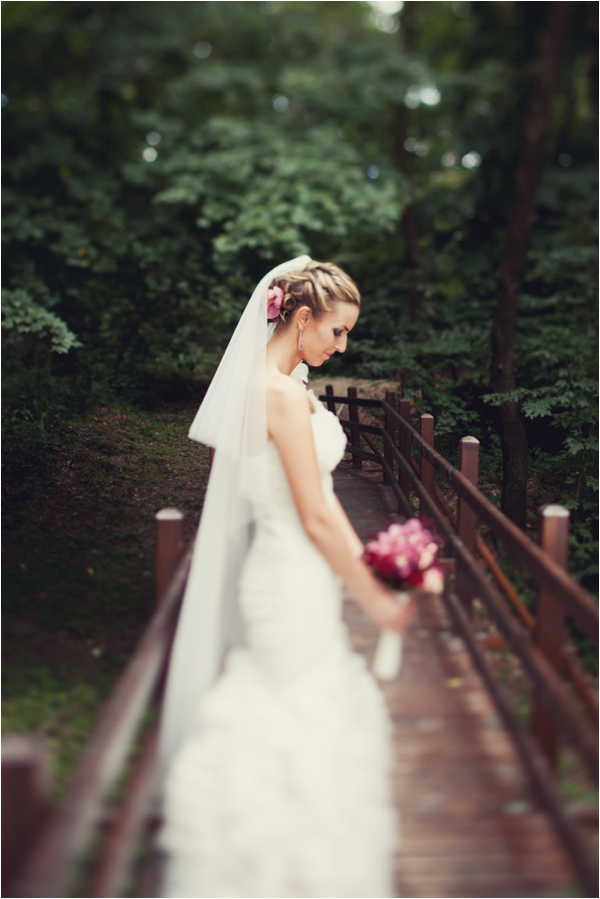 Gorgeous Romania Wedding by Be Light Photography via www.lemagnifiqueblog.com