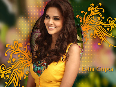 Esha Gupta Beautiful Wallpapers
