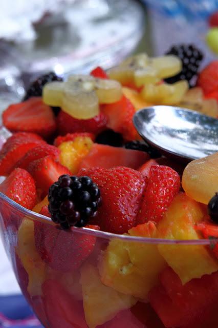 Hohenfels Volks: Fruit Salad