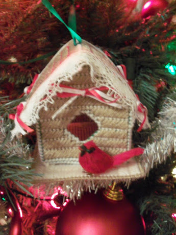 My handmde little gingerbread bird house.