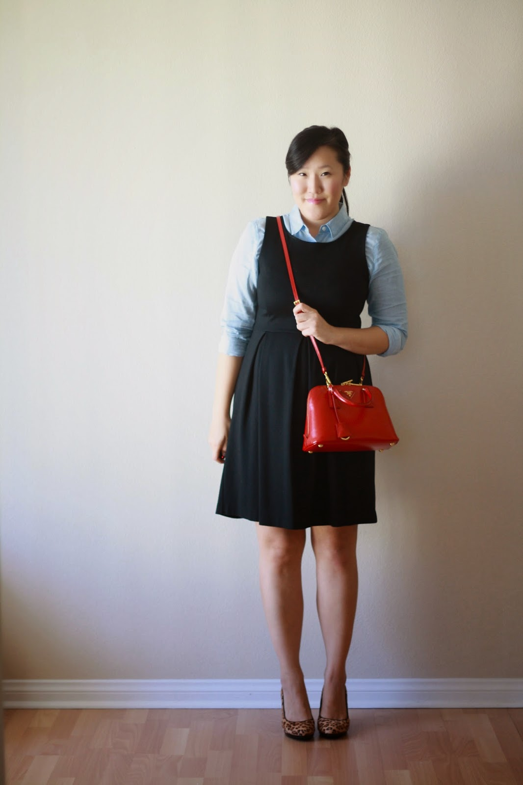 simplyxclassic, loft chambray shirt, celine bag, jcrew hat, prada crossbody, ootd, style, fashion blogger