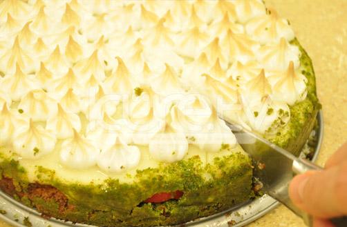 Oktay Usta Bezeli Ayvalı Pasta Tarifi Yeşil Elma