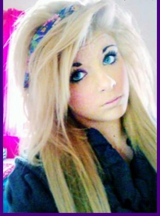 A garota que se enforcou após ter sido intimidada por ser bonita.