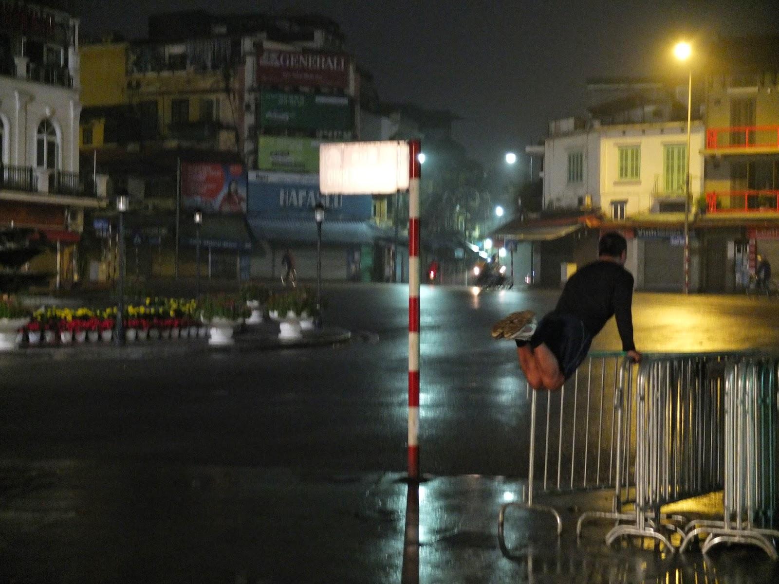 tuktuk et sac dos dormir au vietnam. Black Bedroom Furniture Sets. Home Design Ideas