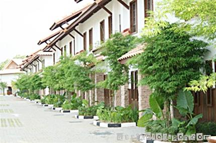 Deela grand lexis port dickson for Garden pool villa grand lexis pd