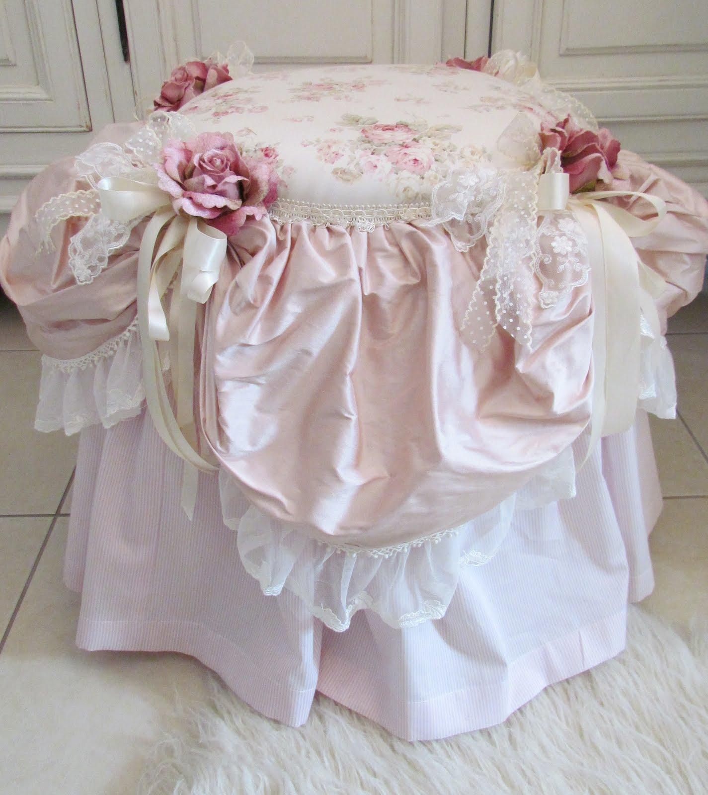 Angela lace boudoir chair for Boudoir stoel