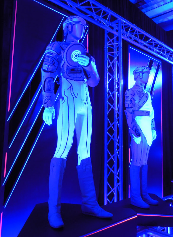 Ram and Flynn Tron movie costumes