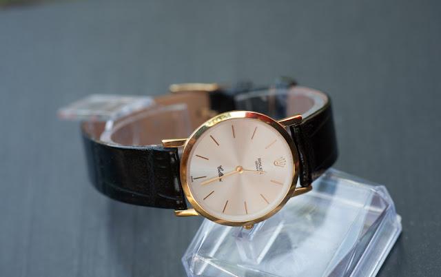 Đồng hồ Rolex R82 bán ở đâu